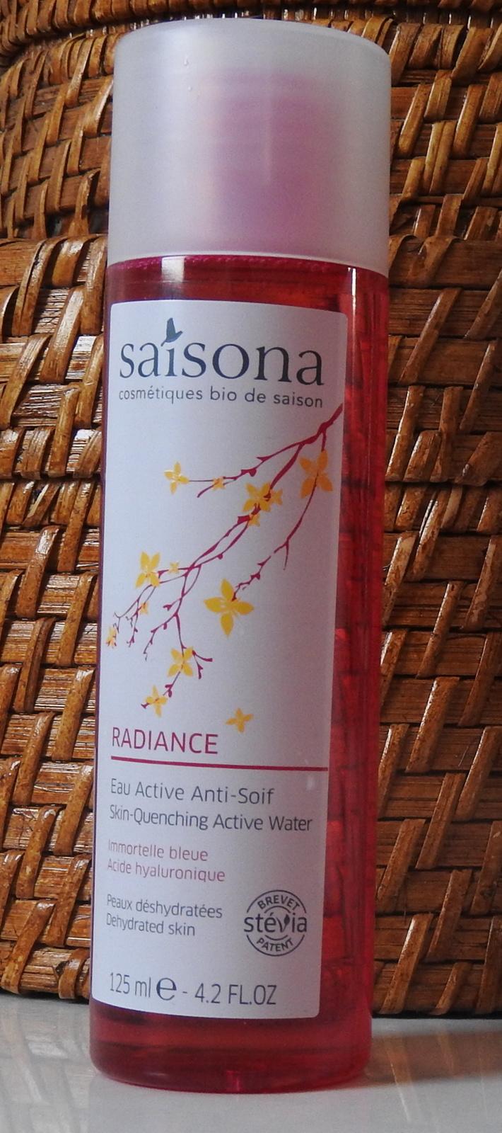 L'eau active et l'émulsion désaltérante de Saisona pour une peau hydratée et vivifiée