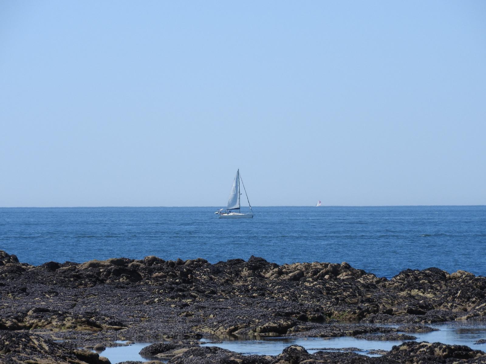 Détente (ou pas) à la plage Valentin de Batz sur Mer en famille